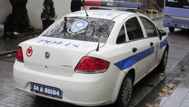 1280px-Police_car_in_Turkey